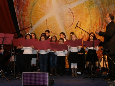 Children who sing in Syriaque Aramaic