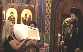 Vassula receiving St. Dionysios gift from Mt.Athos